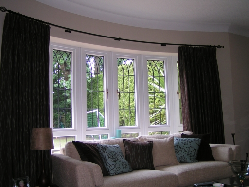 Curved bay window curtains 2016 for Curved bay window