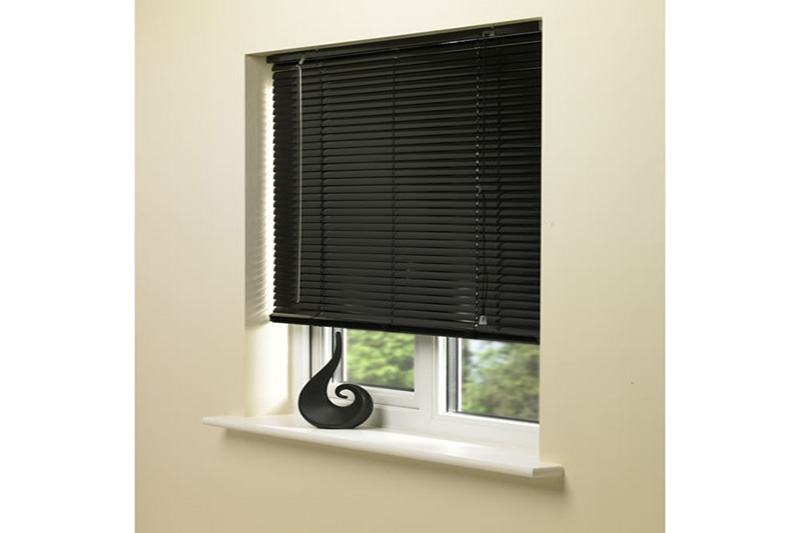 Amazing Black Venetian Blinds