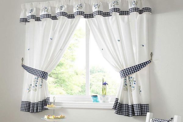 Comely Kitchen Curtain Ideas