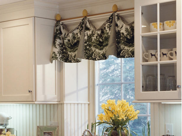 Dazzling Kitchen Valances