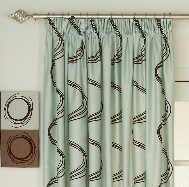 Unique pencil pleat curtains 2016 for Pencil pleat curtains on track