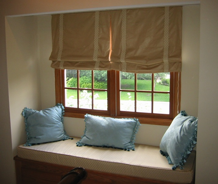 Extremely Relaxed Roman Shades